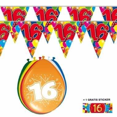 2x 16 jaar vlaggenlijn + ballonnen