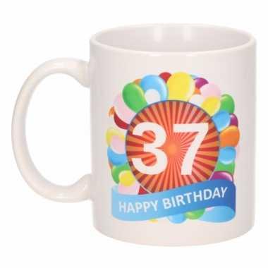 37e verjaardag cadeau beker / mok 300 ml