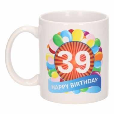 39e verjaardag cadeau beker / mok 300 ml