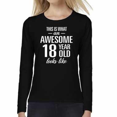 Awesome 18 year / 18 jaar cadeau shirt long sleeves zwart dames