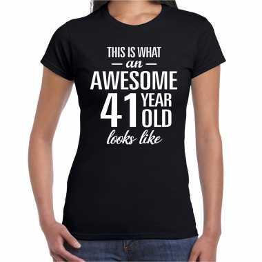 Awesome 41 year / 41 jaar cadeau t-shirt zwart dames