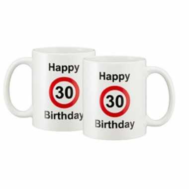 Happy 30 birthday verkeersbord cadeau mok / beker wit 330 ml