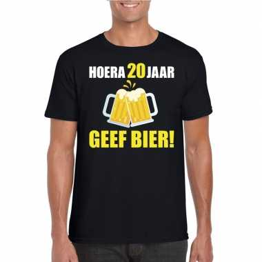 Hoera 20 jaar geef bier t-shirt zwart heren