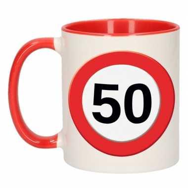 Mok/ beker 50 jaar verkeersbord