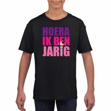 T-shirt zwart voor meisjes hoera ik ben jarig roze tekst