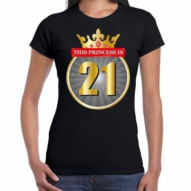 This princess is 21 verjaardag t-shirt zwart 21 jaar voor dames