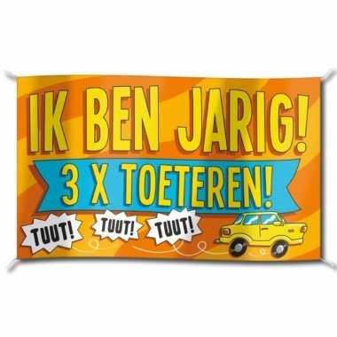 Verjaardag straatvlag 3x toeteren 100x150 cm