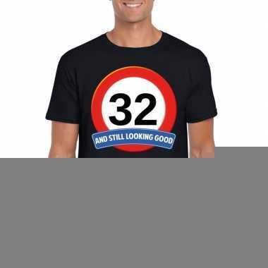 Verkeersbord 32 jaar t-shirt zwart heren