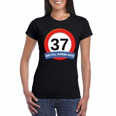Verkeersbord 37 jaar t-shirt zwart dames