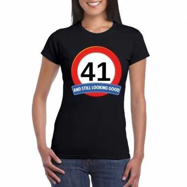 Verkeersbord 41 jaar t-shirt zwart dames