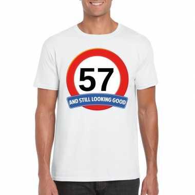Verkeersbord 57 jaar t-shirt wit heren
