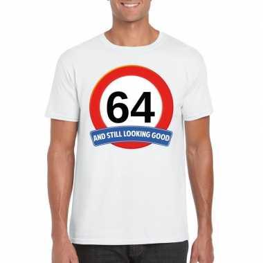 Verkeersbord 64 jaar t-shirt wit heren