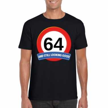 Verkeersbord 64 jaar t-shirt zwart heren