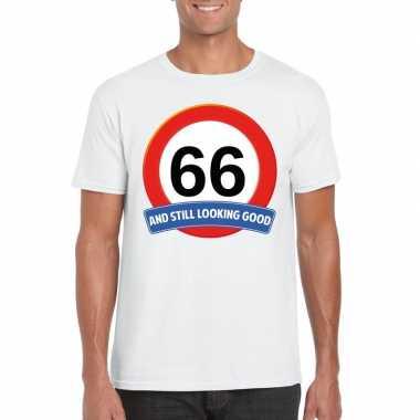 Verkeersbord 66 jaar t-shirt wit heren