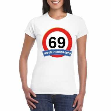 Verkeersbord 69 jaar t-shirt wit dames
