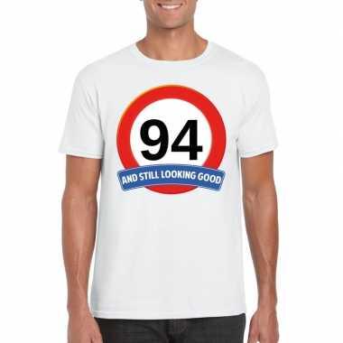 Verkeersbord 94 jaar t-shirt wit heren