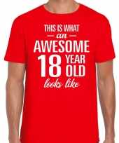 Awesome 18 year 18 jaar cadeau t-shirt rood heren