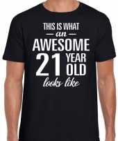 Awesome 21 year 21 jaar cadeau t-shirt zwart heren