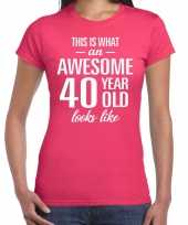Awesome 40 year 40 jaar cadeau t-shirt roze dames