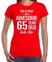 Awesome 65 year 65 jaar cadeau t shirt rood dames