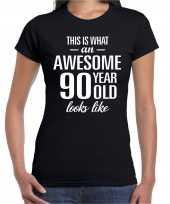 Awesome 90 year 90 jaar cadeau t-shirt zwart dames