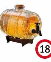 Cadeau 18 jaar man bier dispensers ton op standaard 24 cm met 18 jaar bierviltjes