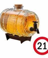 Cadeau 21 jaar man bier dispensers ton op standaard 24 cm met 21 jaar bierviltjes