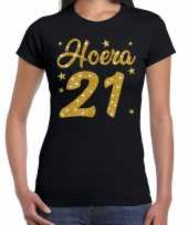 Hoera 21 jaar verjaardag cadeau t-shirt goud glitter op zwart dames