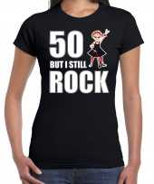 Verjaardag cadeau t shirt sarah 50 but i still rock zwart voor dames